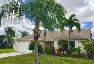 1598 Windship Circle Wellington FL 33414