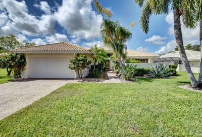 15 Hampshire Lane Boynton Beach FL 33436