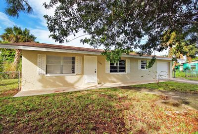 2906 Avenue R Avenue Fort Pierce FL 34947