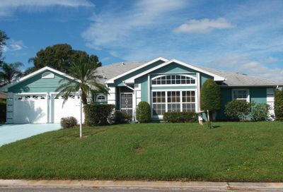 6823 Bronte Circle Port Saint Lucie FL 34952