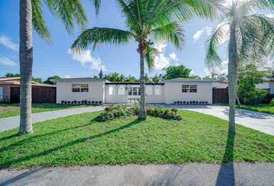 904 SE 13th Court Deerfield Beach FL 33441