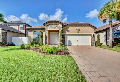 5547 Sandbirch Way Lake Worth FL 33463