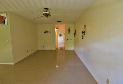 33 Lake Vista Trail Port Saint Lucie FL 34952