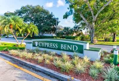 2108 S Cypress Bend Pompano Beach FL 33069