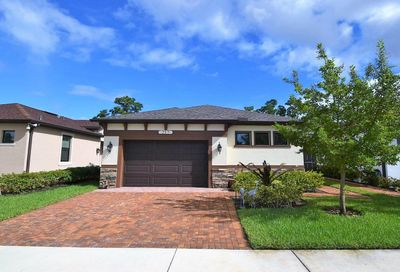 217 SE Via Visconti Port Saint Lucie FL 34952