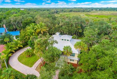 1900 Winding Creek Lane Fort Pierce FL 34981