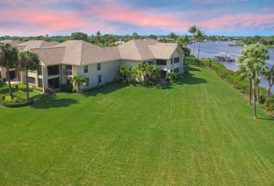 19149 SE Se Sea Turtle Court Court Tequesta FL 33469