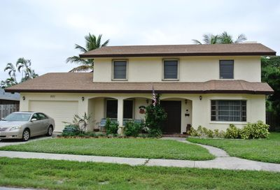 221 NE 8th Terrace Deerfield Beach FL 33441