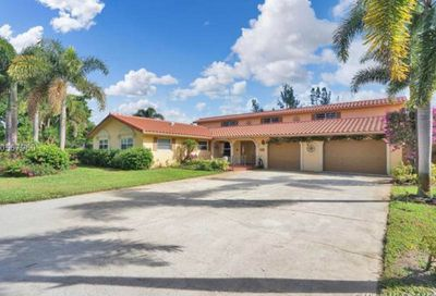 5540 NW 76th Place Coconut Creek FL 33073