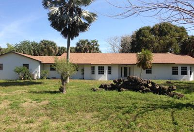 1586 E Road Loxahatchee FL 33470