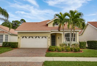 809 SW Saint Andrews Cove Port Saint Lucie FL 34986