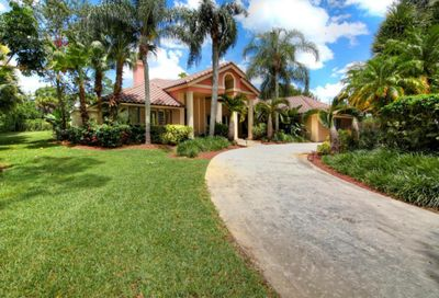 13755 Greentree Trail Wellington FL 33414