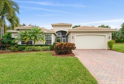 7948 Sonata Bay Point Lake Worth FL 33467