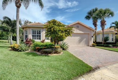 6919 Imperial Beach Circle Delray Beach FL 33446