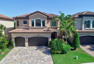 8153 Hutchinson Court Delray Beach FL 33446