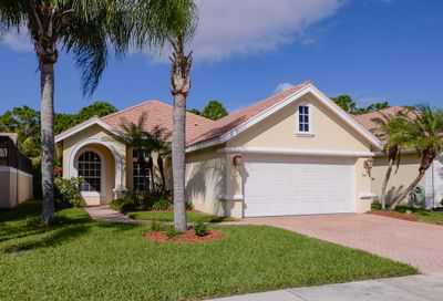 840 SW Munjack Circle Port Saint Lucie FL 34986