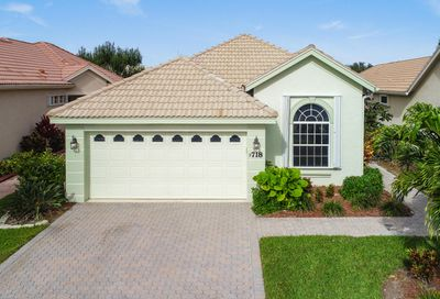 718 SW Aruba Bay Port Saint Lucie FL 34986
