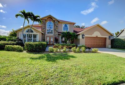 1690 Farmington Circle Wellington FL 33414