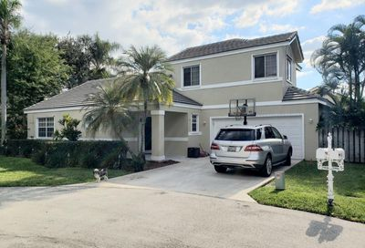2984 Tall Oak Court Davie FL 33328