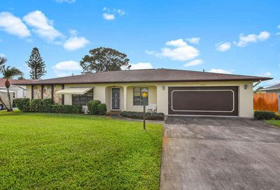 2472 SE Pinero Road Port Saint Lucie FL 34952