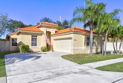 7305 Nautica Way Lake Worth FL 33467