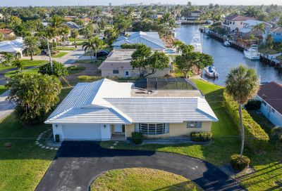2490 NE 45th Street Lighthouse Point FL 33064