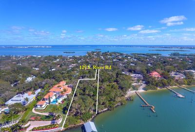 129 S River Road Sewalls Point FL 34996