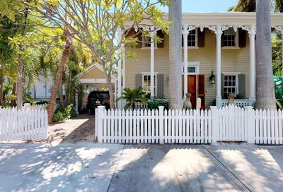 906 Southard Street Key West FL 33040