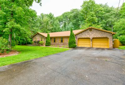 5 Old Hickory Ln Signal Mountain TN 37377