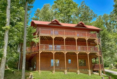 1838 Elk Springs Way Gatlinburg TN 37738
