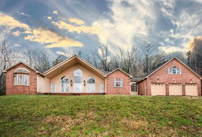 797 Twin Hills Lane Jacksboro TN 37757