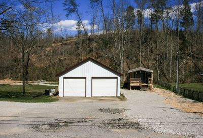 2435 Hwy 116 Caryville TN 37714
