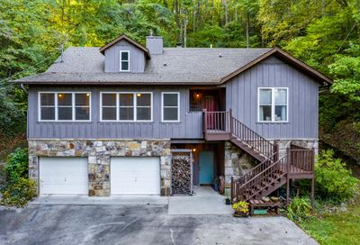 407 Autumn Lane Gatlinburg TN 37738
