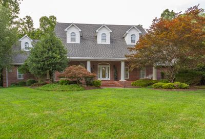 64 Hickory Trail Tr Norris TN 37828