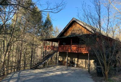 500 Hawk Trail Tr Gatlinburg TN 37738