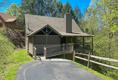 3532 Country Pines Way Sevierville TN 37876