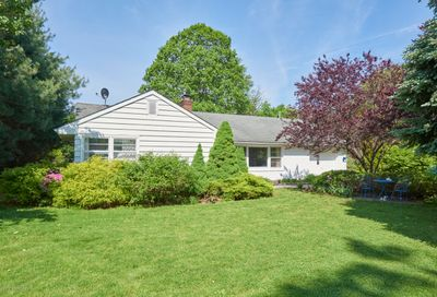 823 Monmouth Court Red Bank NJ 07701