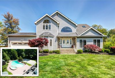 233 Walling Place Middletown NJ 07748