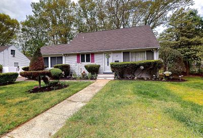 17 Cedar Court Lakewood NJ 08701