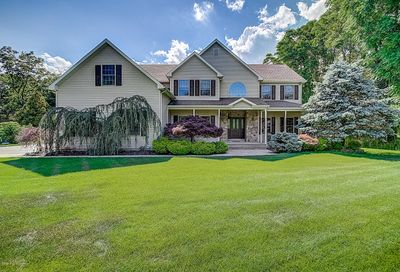 5 Country Lane Howell NJ 07731