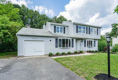 217 Jamescrest Court Lakewood NJ 08701
