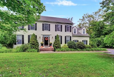 15 Red Hill Road Middletown NJ 07748