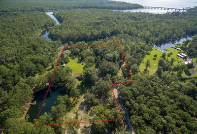 1520 Peters Creek Rd Green Cove Springs FL 32043