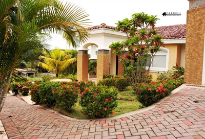 45a Forrest Hills Ave Cocoli PANAMA OESTE 01001