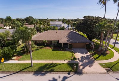 500 Bay Circle Indian Harbour Beach FL 32937