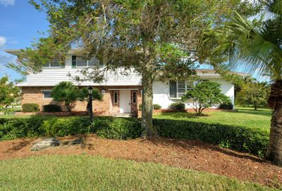 100 Cat Cay Lane Indian Harbour Beach FL 32937