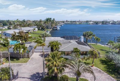 377 Point Court N Satellite Beach FL 32937
