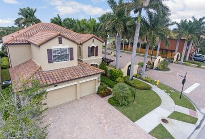 664 Mission Bay Drive Satellite Beach FL 32937