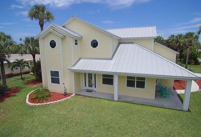 146 12th Avenue Indialantic FL 32903