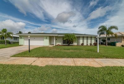 427 Saint Georges Court Satellite Beach FL 32937